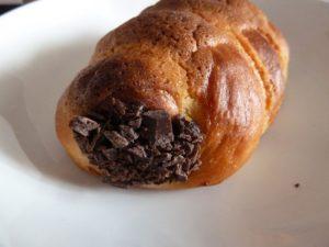 つきほし製パン チョココルネ