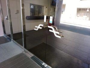 福岡市交通局姪浜合同事務所内食堂 扉