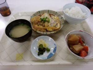 福岡市交通局姪浜合同事務所内食堂 カツとじ定食