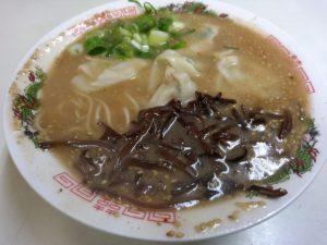 貴龍軒 ワンタン麺