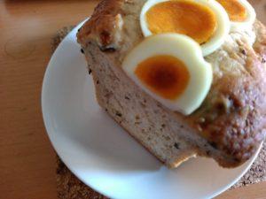 とんこつパン 卵