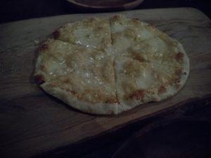 鎌田製作所 からすみのピザ
