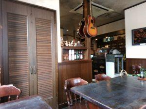 角の茶食館プリンス 店内