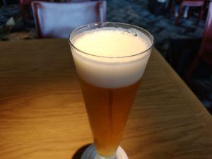 レッドフランマ 生ビール きめ細やかな泡