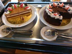 レッドフランマ ケーキ