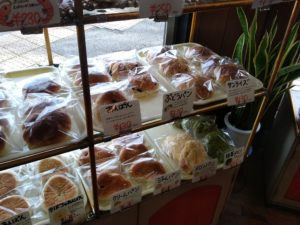 山口市 モリのパン 店内