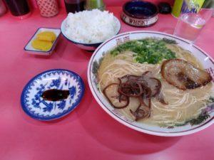 金ちゃんラーメン 東区蒲田 ラーメン定食