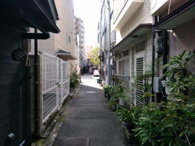キッチンあや 奈良屋 路地裏