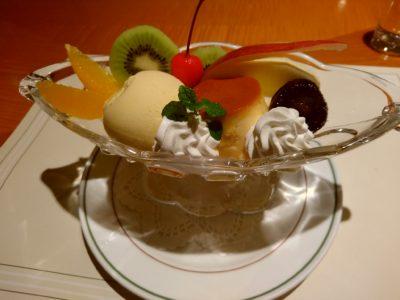 横浜ニューグランドホテル the cafe プリンアラモード