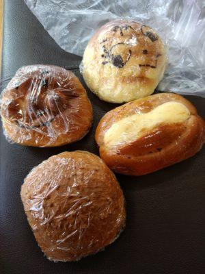日田 みどりパン メロンパン