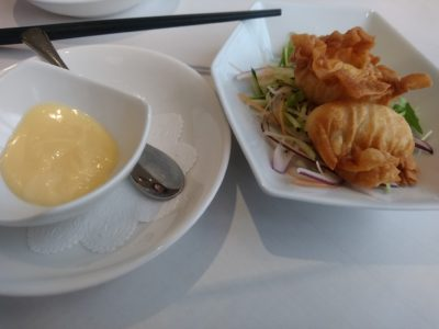 四川飯店 くうてん 海鮮ワンタン