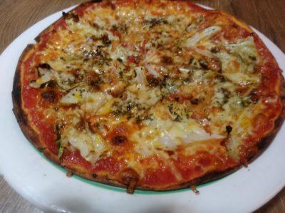 ぼんじょるの 博多朝日ビル 春キャベツのピザ