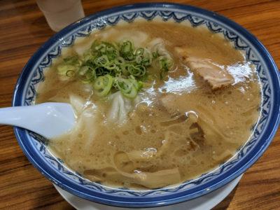 赤のれん ワンタン麺